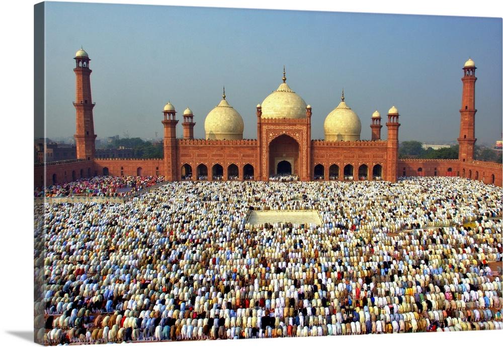 The Muslim Gathering For Eid Prayers At Badshahi Masjid