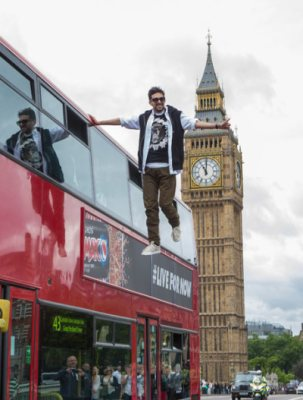 Dynamo 'levitates' beside London bus - but how does he do it?