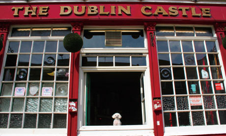 Peggy at the Dublin Catle