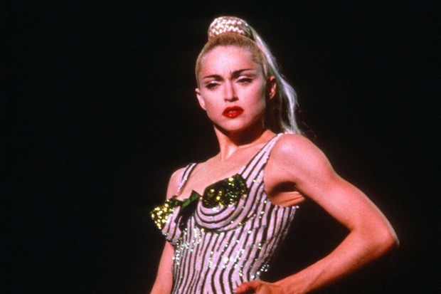 Power Pop Girl Wallpaper Living For Glamour 22 Best Amp Iconic Looks From Madonna