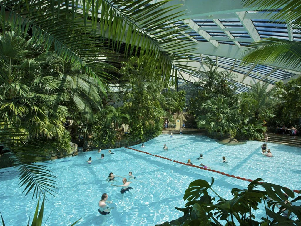 Eemhof Tickets Zwembad Center Parcs Holiday Sites Sold To Canadian Property Giant