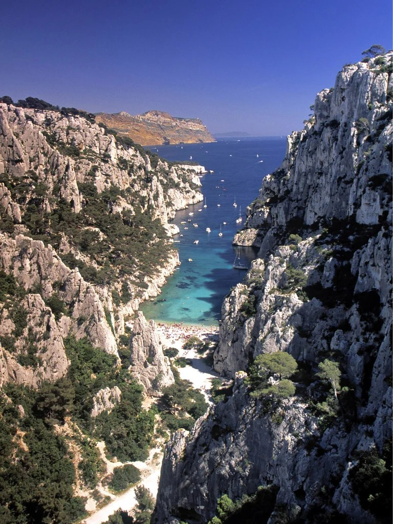Office Tourisme Marseille Calanque Welcome To France S Jagged Edge The Independent