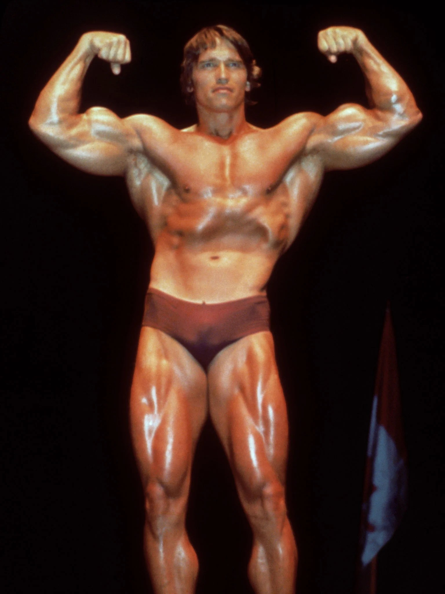 Trainingsplan Sixpack Mann The Moderator Arnold Schwarzenegger Weighs In On Cardio