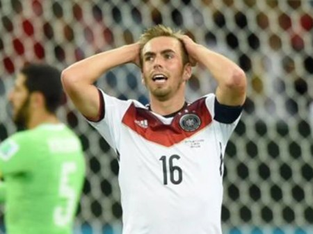 Lahm Playing In Midfield