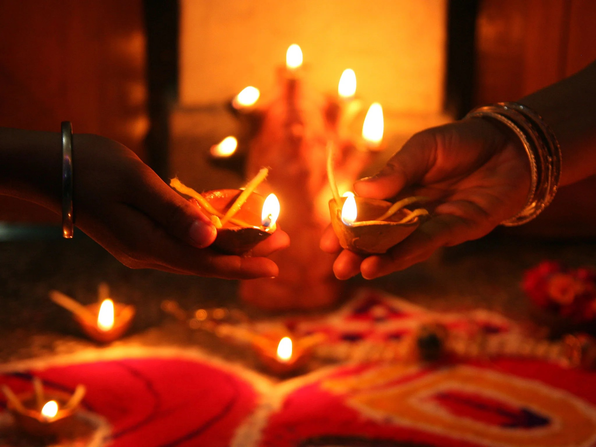 China Diwali Light Diwali 2015 Traditional Lamp Potters See Profits Fall As