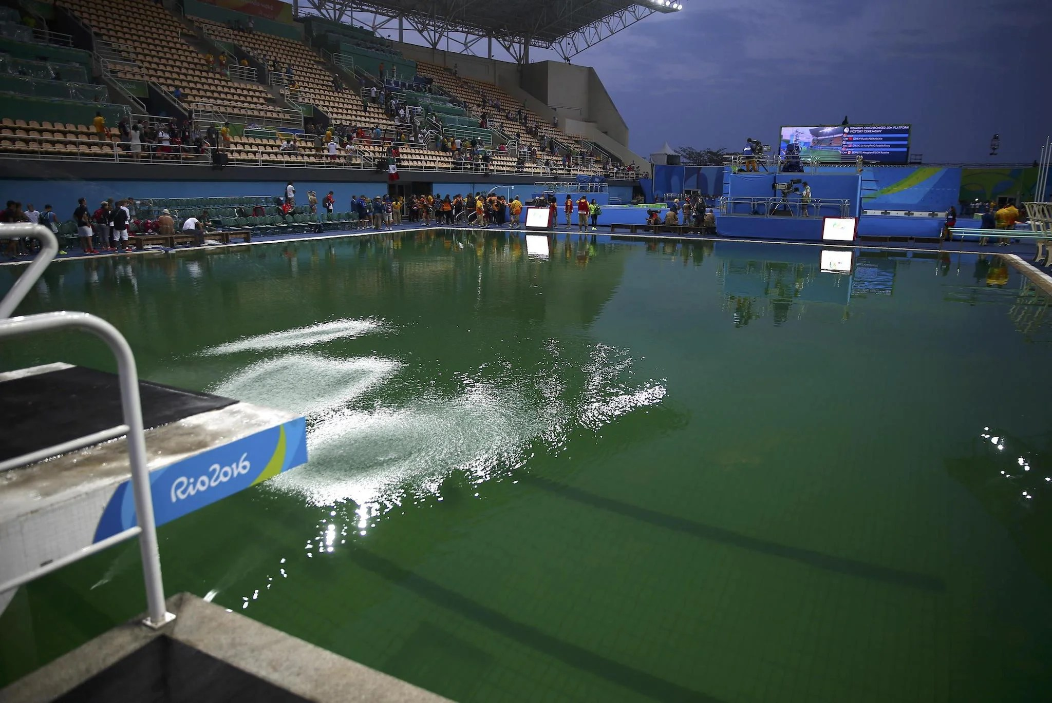 Rio Olympic Rio 2016 Green Olympic Diving Pool Is Safe Say Officials But