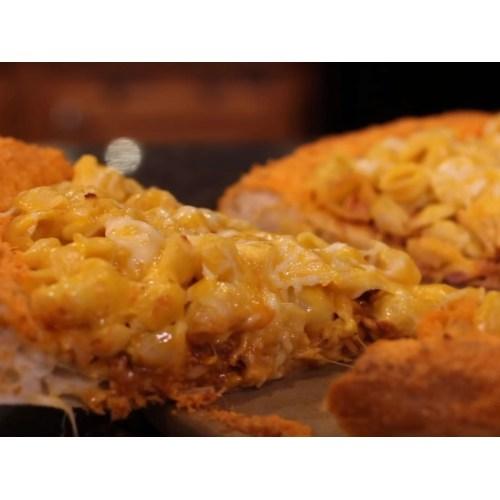 Medium Crop Of Mac N Cheese Pizza
