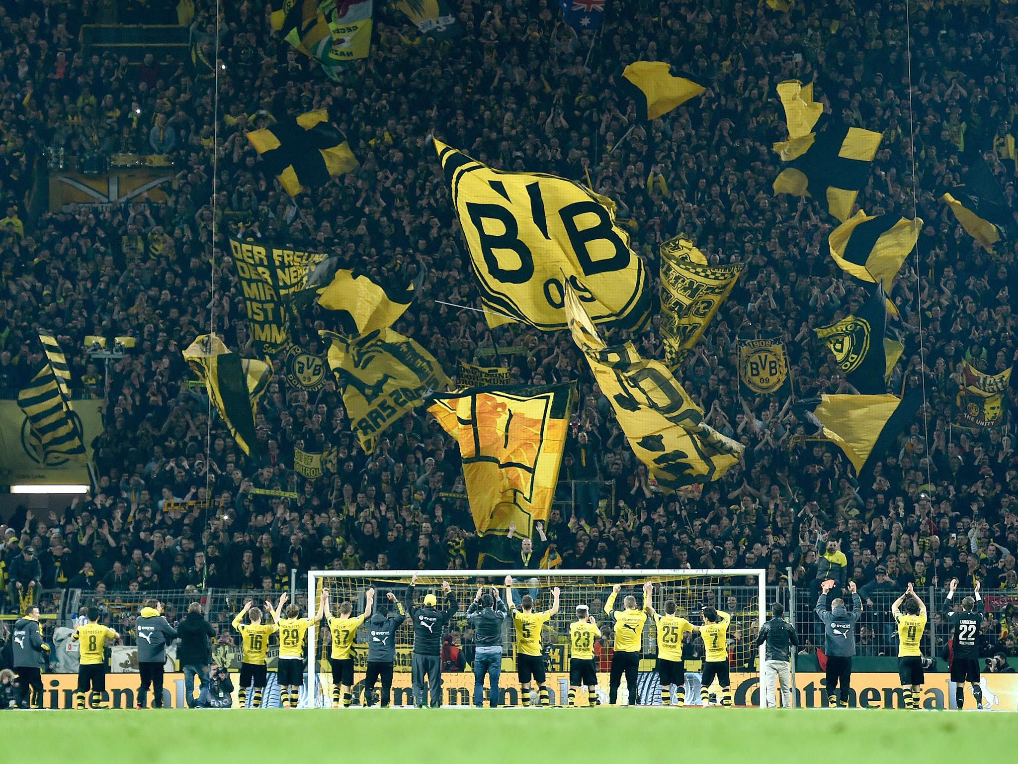 Patrick Wallpaper Hd Borrusia Dortmund Aim Dig At Donald Trump With Wall