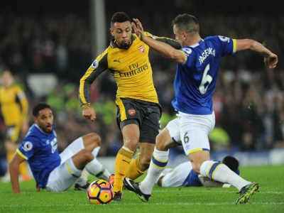 Arsenal vs Everton live: What time does it start, what TV channel is it on and how can Gunners ...
