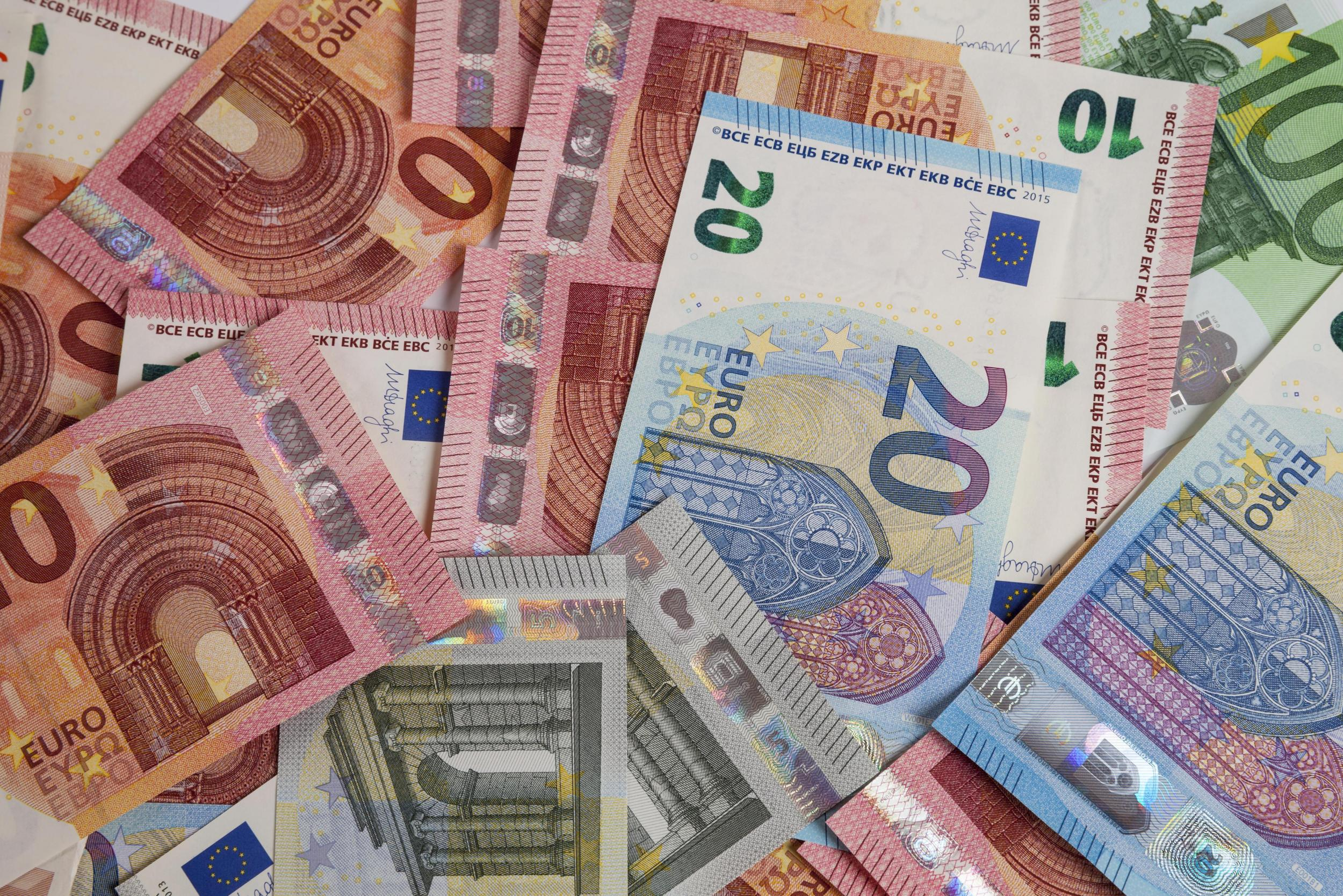 1 Libra Euros How To Get The Best Deal On Your Holiday Money Abroad The