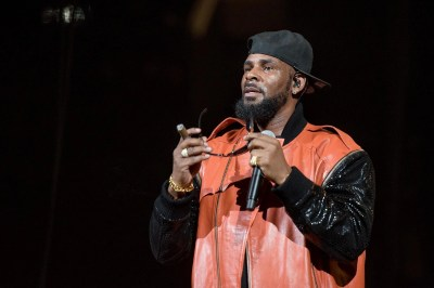R Kelly addresses sex cult allegations in new 19-minute song 'I Admit' | The Independent