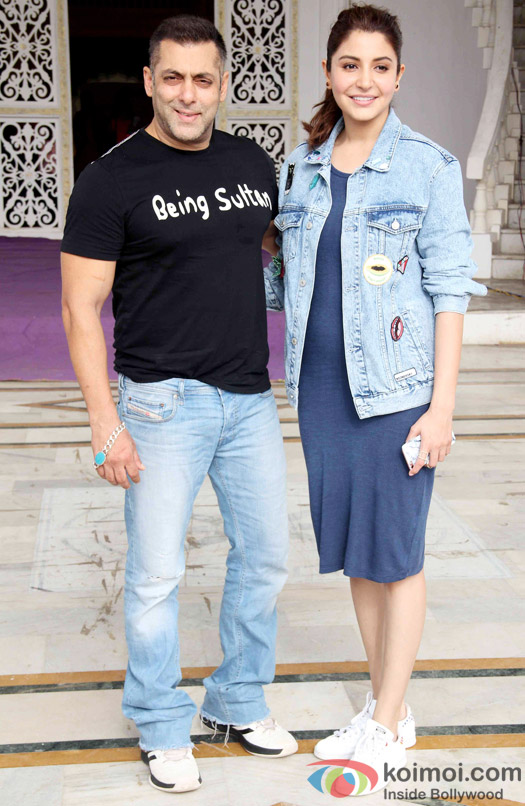 Salman Khan, Anushka Sharma at press meet of Sultan's Success
