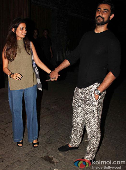 Kunal Kapoor at Aamir Khan's residence