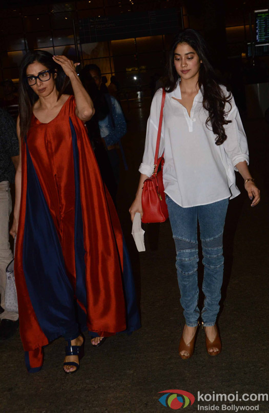 sridevi and Jahnavi Kapoor spotted at Airport