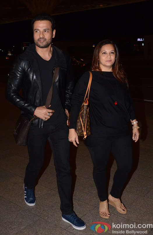 Rohit Roy spotted at Airport
