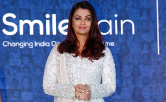 Aishwarya spreads smiles among kids born with clefts