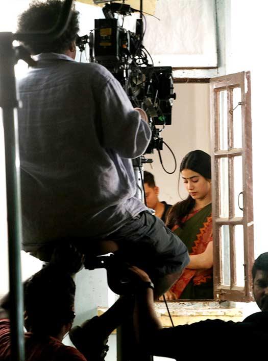 Dhadak: Janhvi Kapoor Looks