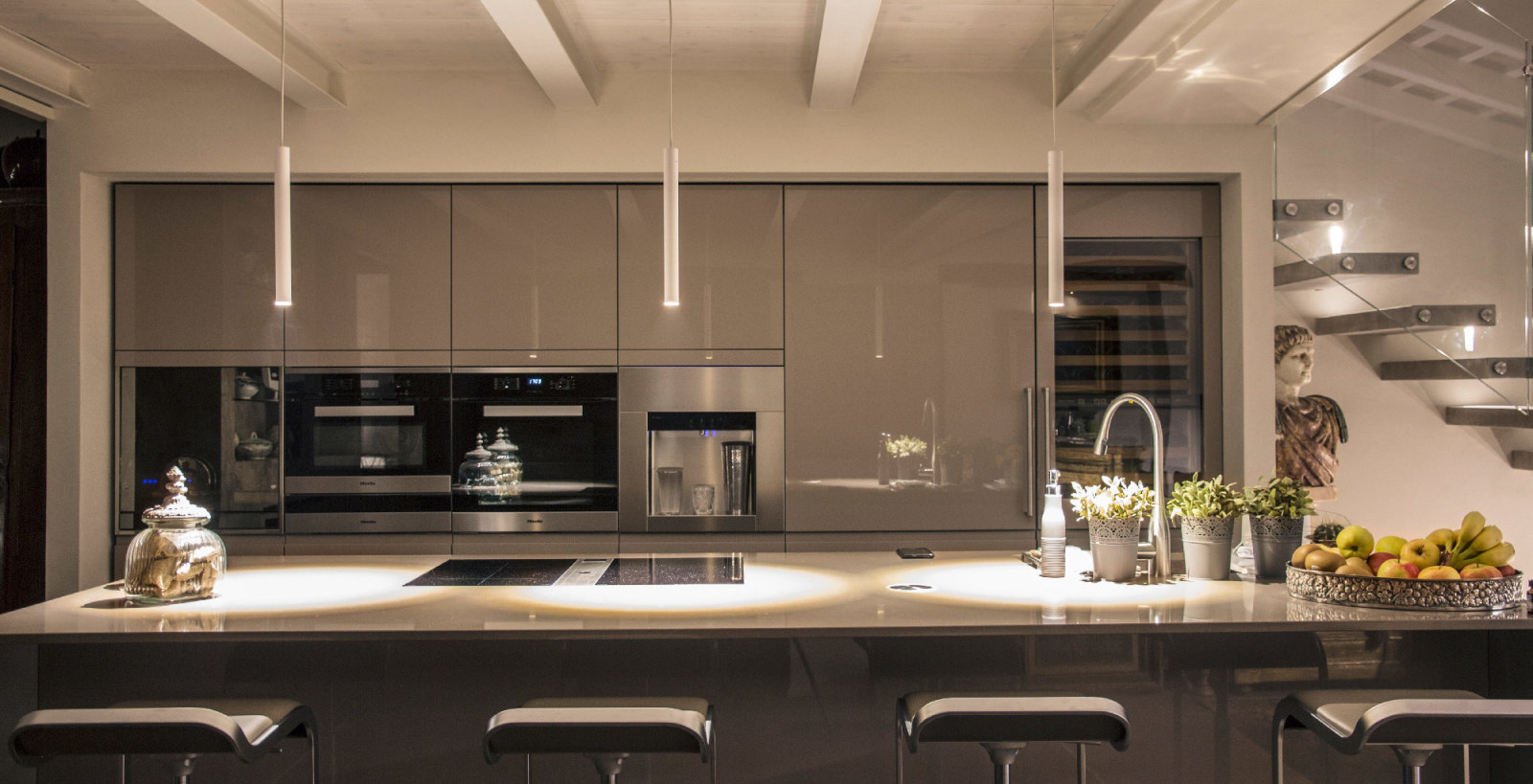Kitchen Cupboard Uplighters Professional Led Lighting Solutions Linea Light Group