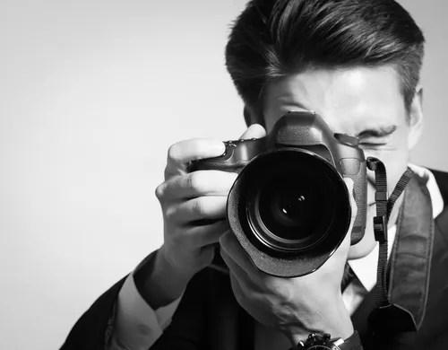 8 Creative Home-Based Business Ideas That Anyone Can Pursue - photographer job description