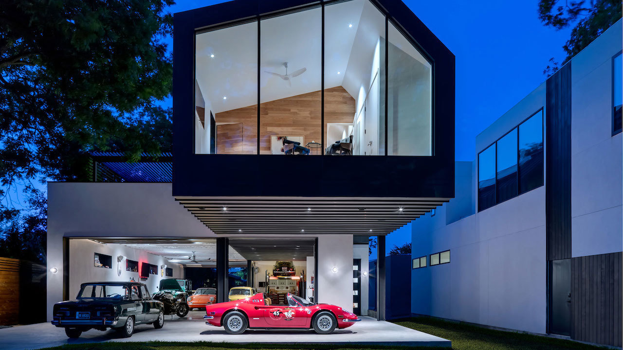 Zenki Haus Design Showroom Garages Increase A Home S Curb Appeal Mansion Global