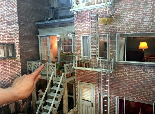 rear-window-miniature-untapped-cities-NYC-greenwich-village-federal-era-townhouse-louise-krasniewicz-001-640x471