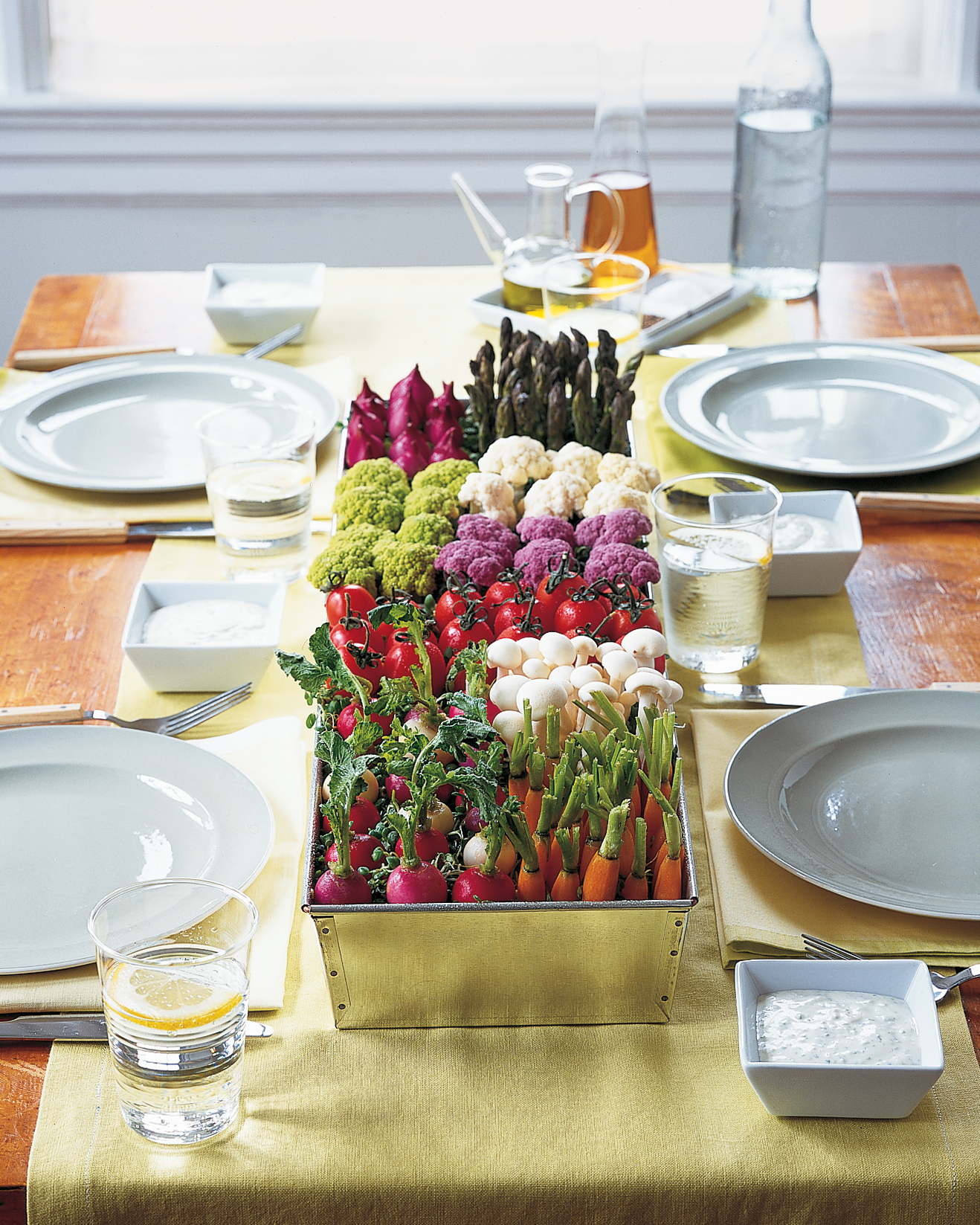 12 Last Minute Party Decorations You Can Make In Minutes Martha Stewart