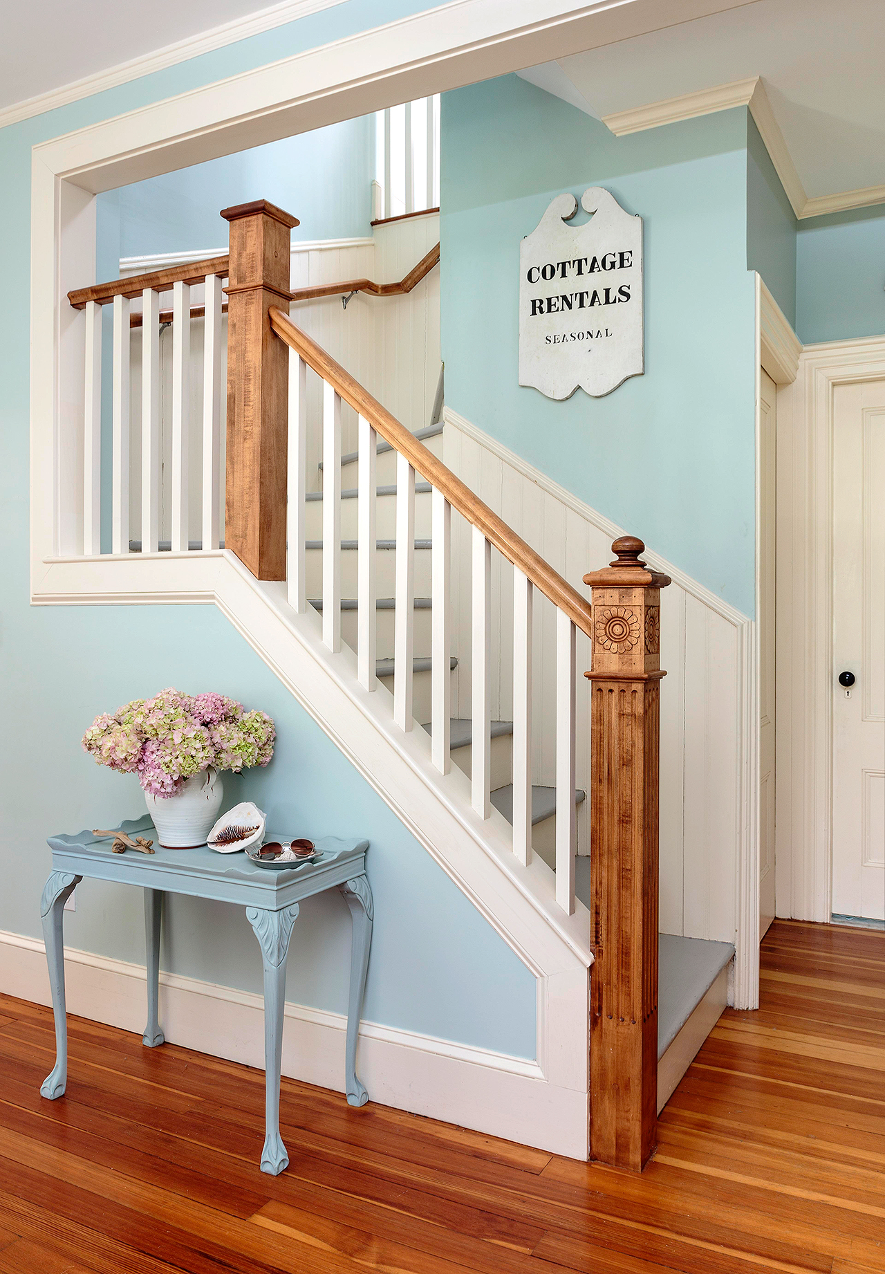 Staircases In Homes 23 Must See Staircase Railing Designs
