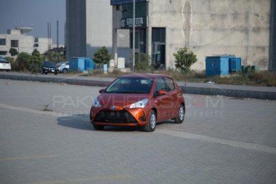 2017 Toyota Vitz Hybrid - Detailed Review, Specs & Photos - PakWheels Blog