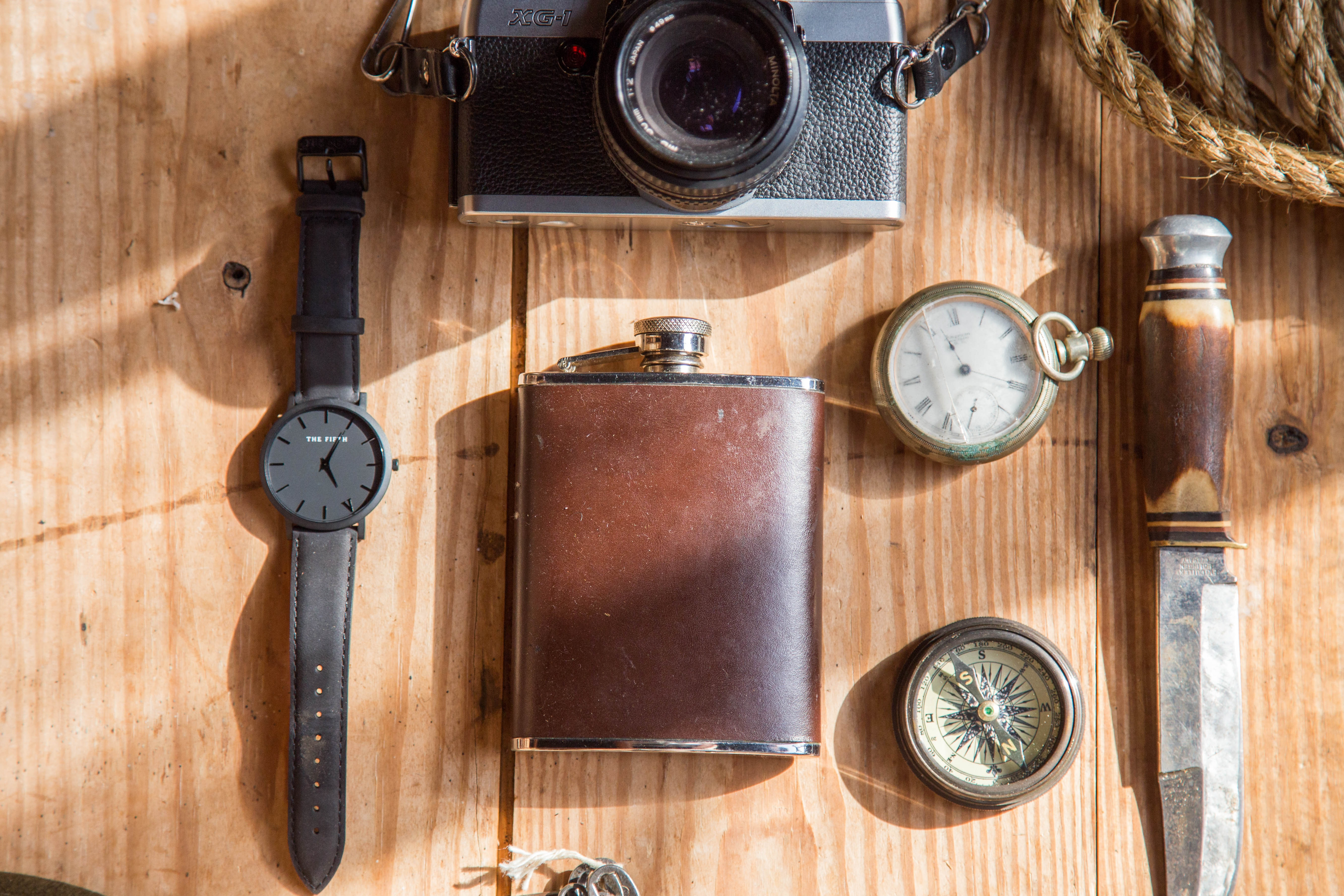 Hd Knife Wallpaper Brown Wine Flask Near Lomo Camera Watch Knife And Pocket