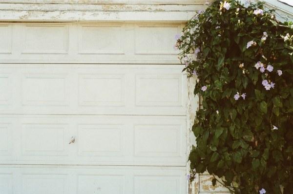 door, closed, garage
