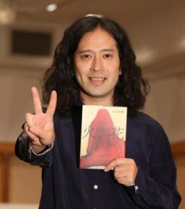 綾部祐二のニューヨーク行きが迫る。アメリカンドリームに応援する声&疑問の声