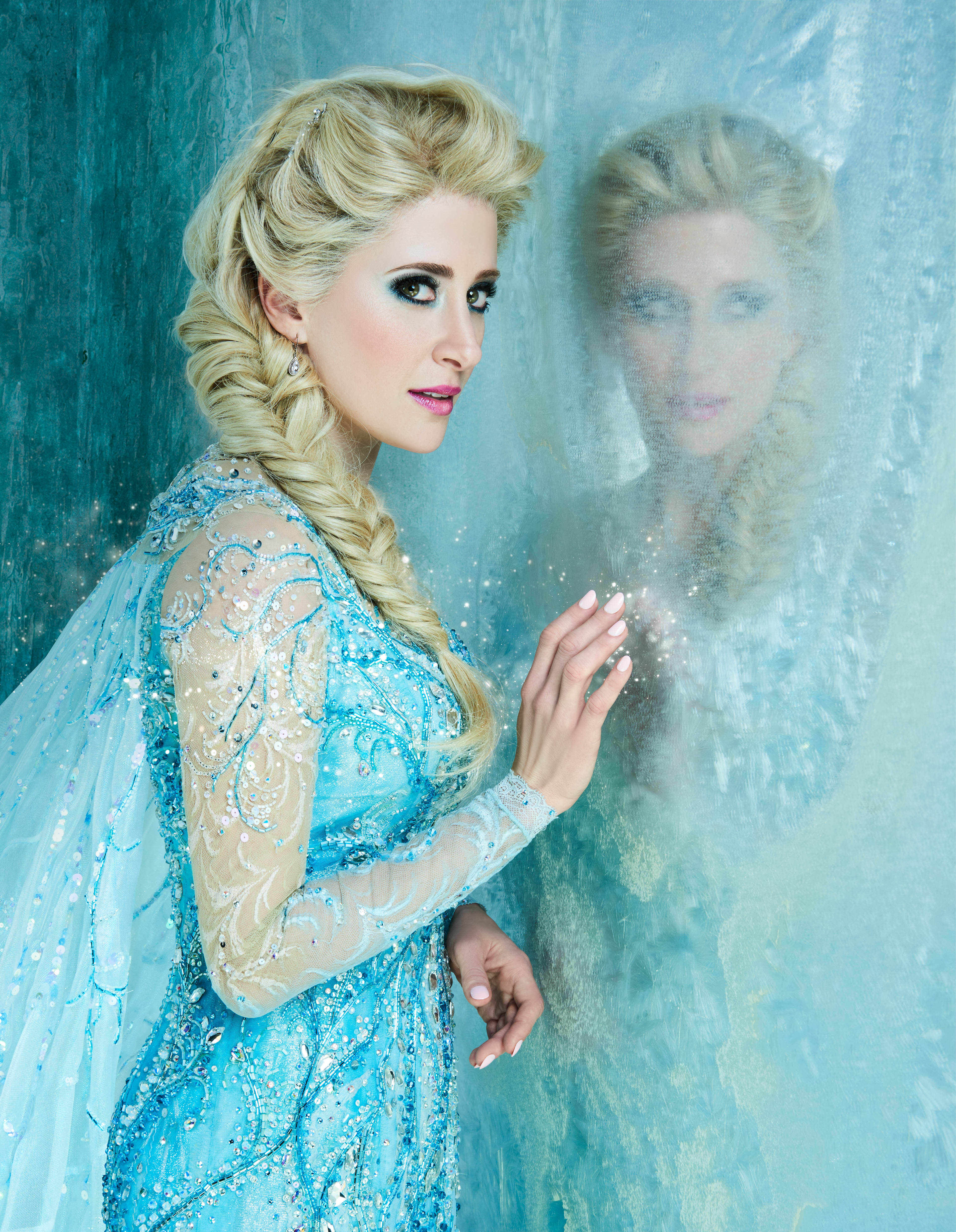 Elsa Anna See Anna Elsa And The Cast Of Frozen On Broadway Come To Life In
