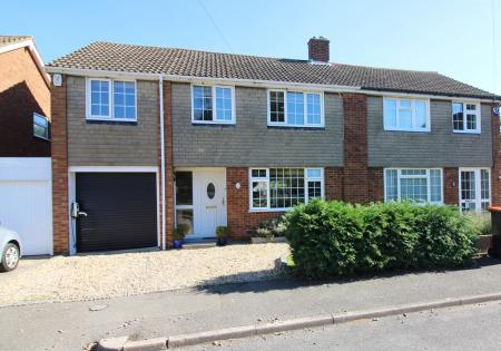 4 Bedroom Semi Detached House For Sale In Barton Le Clay