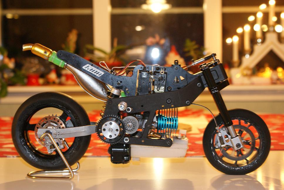 FreeGo-Eagle-Crossbar-Red-Web Electric Bikes
