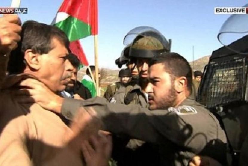 Berita Kejahatan Pembunuhan Terkini Detikcom Informasi Berita Terupdate Hari Ini Abbas Kutuk Pembunuhan Menteri Palestina Oleh Israel Republika