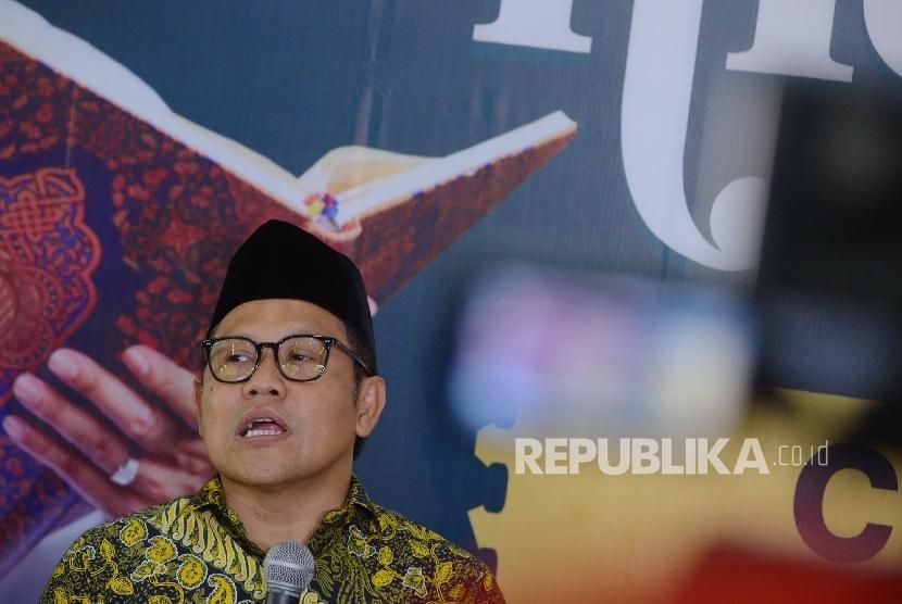 Ketua Umum Partai Kebangkitan Bangsa Muhaimin Iskandar memberikan keterangan kepada media terkait Nusantara Mengaji saat menggelar konferensi pers di Ciganjur, Jakarta Selatan, Jumat (6/5).