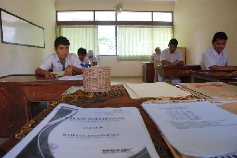 Daftar Judul Tesis Teknologi Pendidikan Kumpulan Judul Contoh Tesis Pendidikan Matematika 830 X 556 Jpeg 89kb Sejumlah Siswa Siswi Berkebutuhan Khusus Bersiap