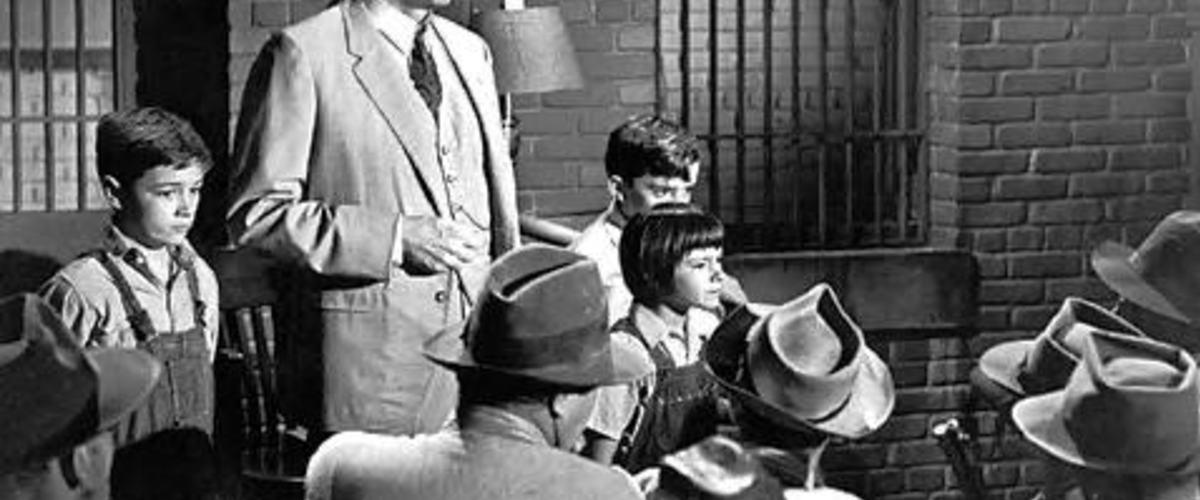 To Kill a Mockingbird Movie Review (2001) Roger Ebert - bob ewell to kill a mockingbird