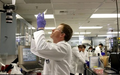 Paul Allen gives $300 million to fund brain research | The Seattle Times