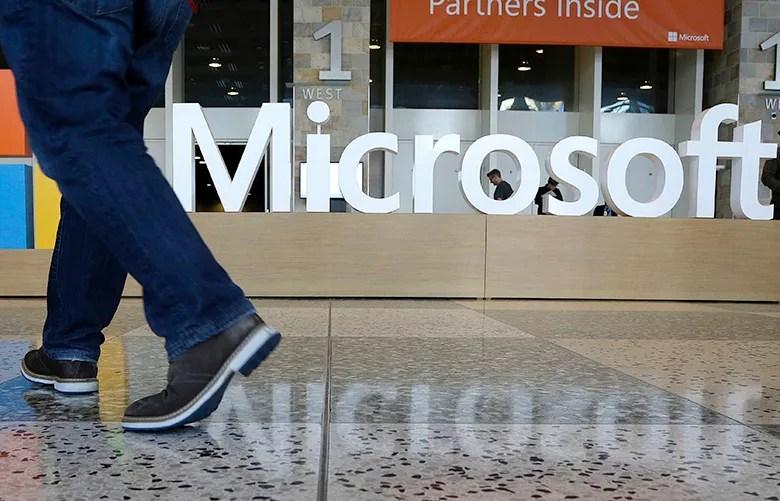 Microsoft invites \u0027bae\u0027 interns to \u0027get lit\u0027 on \u0027lots of dranks - interning at microsoft