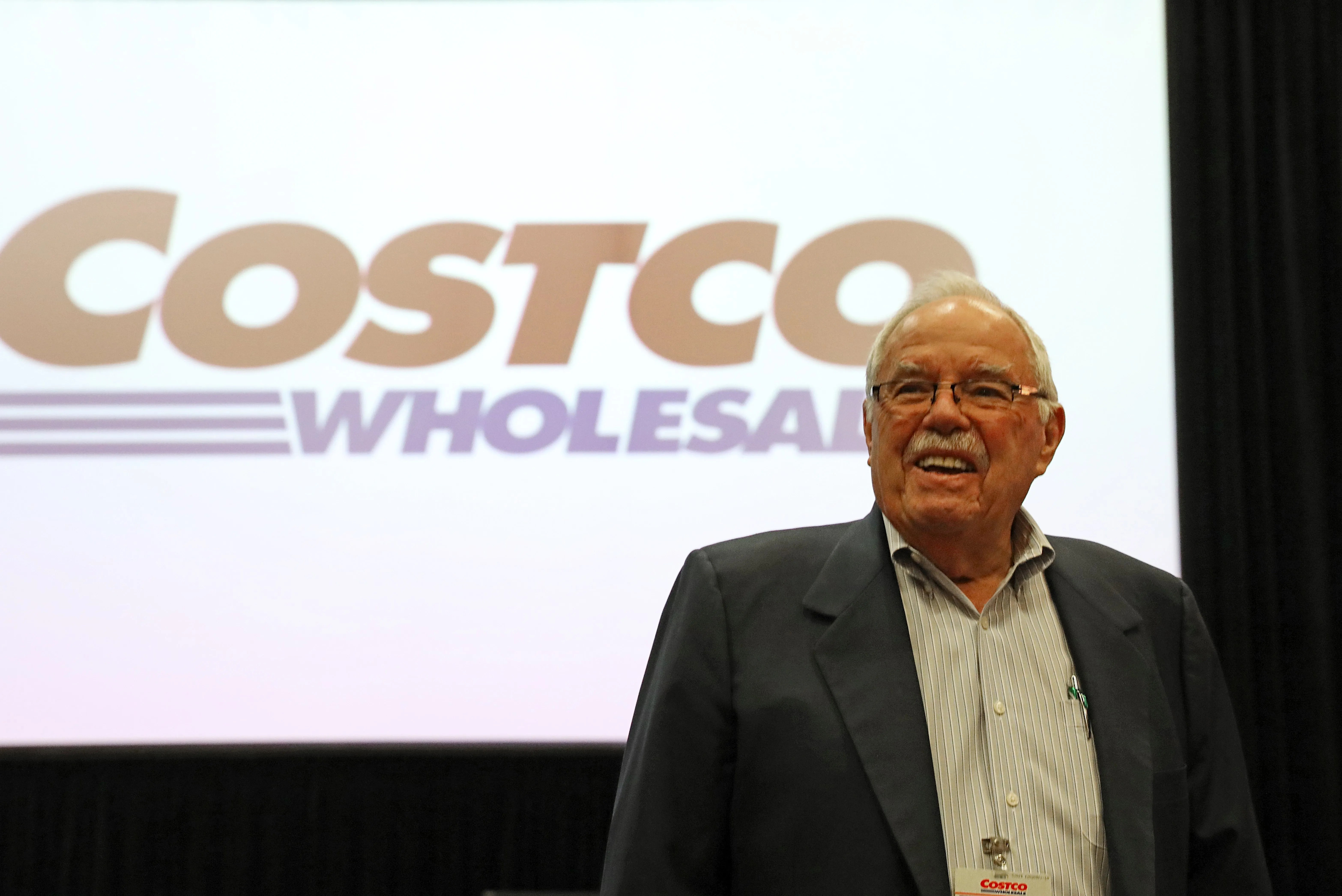Career wisdom from Costco\u0027s Jim Sinegal amid calls for his