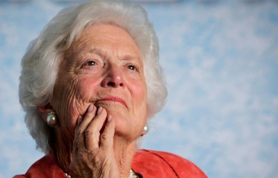 Barbara Bush, matriarch of American political dynasty, dies at 92 | The Seattle Times