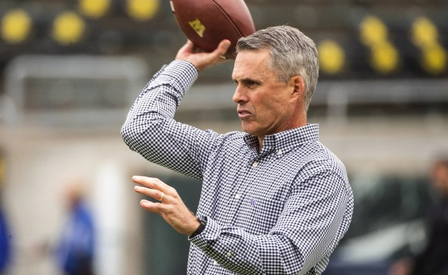 Uw S Chris Petersen Says He Would Like A Do Over After