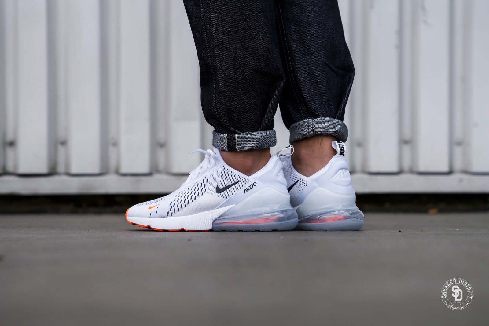 Nike Schoenen Nike Air Max 270 White/black-total Orange - Ah8050-106