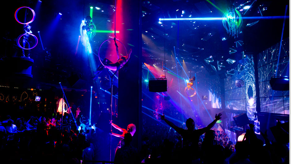 Swedish House Mafia Hd Wallpapers Waiting For The Drop Las Vegas Edm Gamble Spin