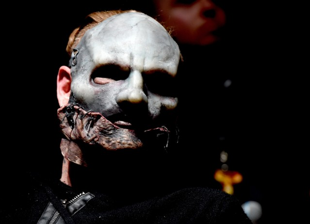 Police Officer Wallpaper Hd Q Amp A Slipknot S Corey Taylor Talks Gawker Controversy