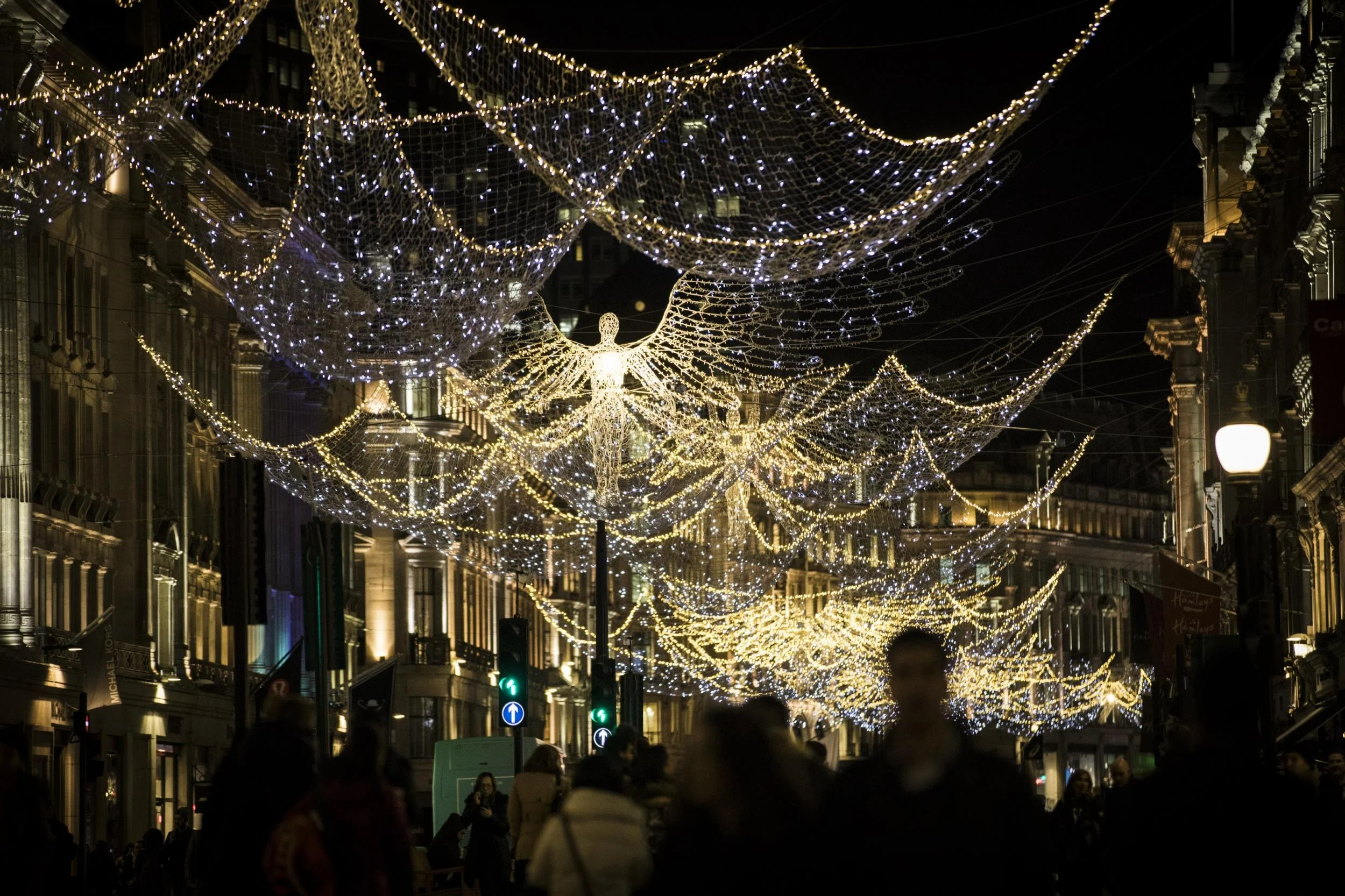 Cordial When Lights London Festive Light Displays When Yswitch On ...