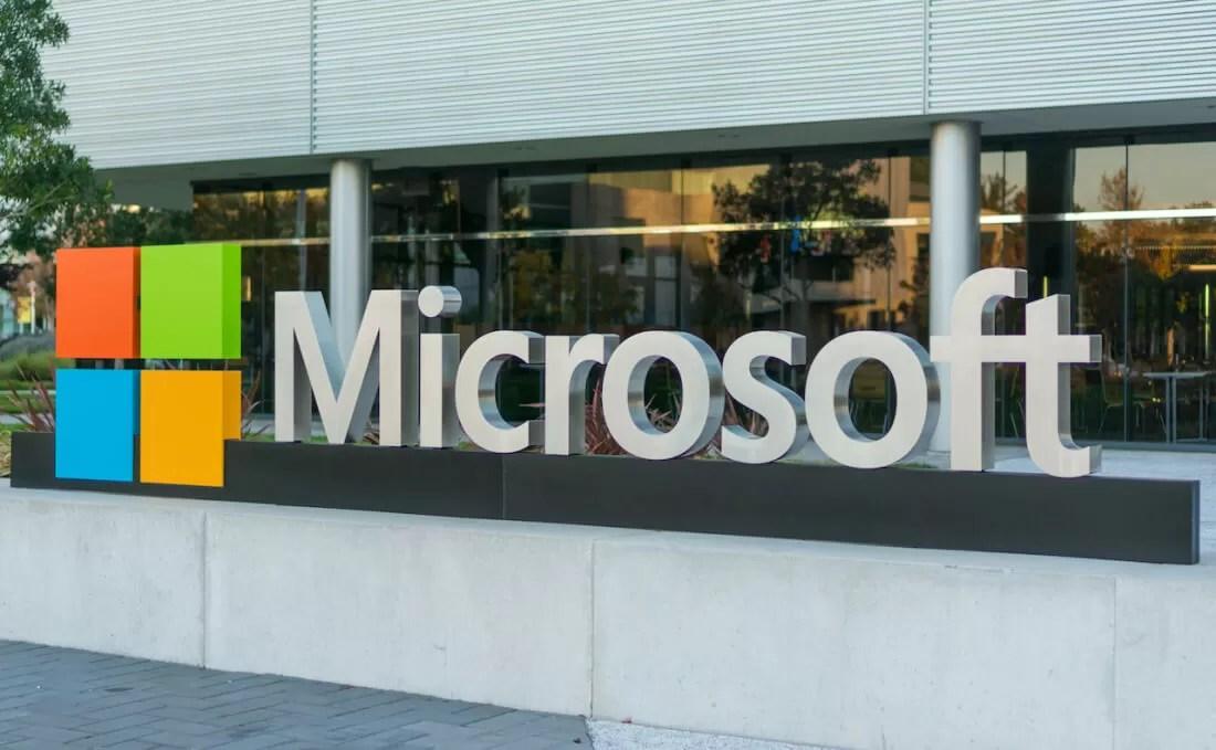Microsoft\u0027s quarterly results beat estimates, but falling device