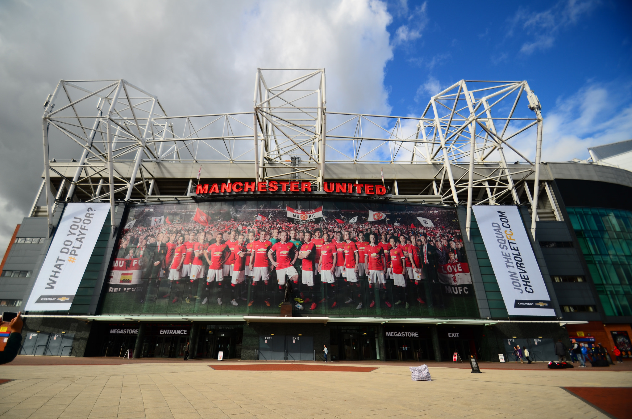 Wallpaper Manchester United Hd Old Trafford Stadium In Manchester Thousand Wonders