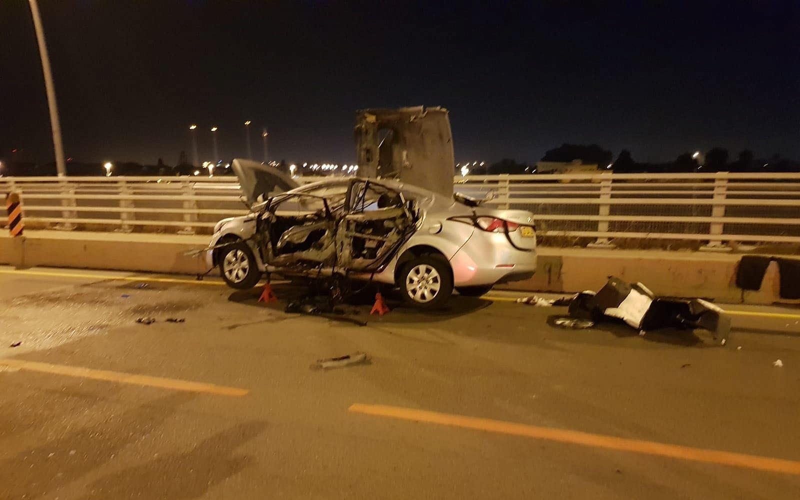 Badspiegel Jolled Driver Killed In Car Bombing Outside Of Tel Aviv The Times